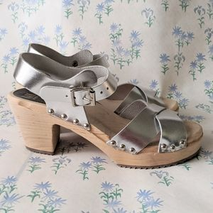 NEW MIA Gertrude Swedish Clogs Wood Leather Silver
